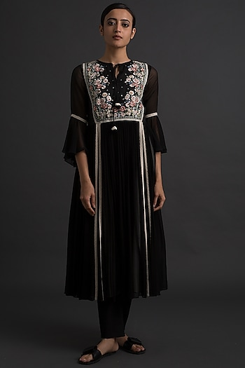 Black Art Deco Embroidered Tunic by Varq By Varun Nidhika