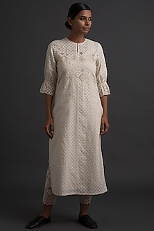 Ivory Tunic With Applique Embroidery by Varq By Varun Nidhika