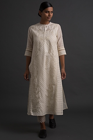 Ivory Side Panelled Embroidered Tunic by Varq By Varun Nidhika