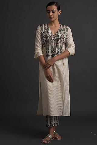 Ivory Panelled Tunic With Cutwork Embroidery by Varq By Varun Nidhika
