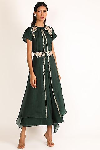 Emerald Green Embroidered Jumpsuit by Vara By Vibha & Priti