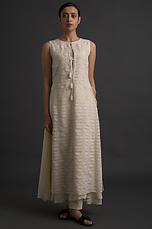 Ivory Embroidered Panelled Tunic by Varq By Varun Nidhika