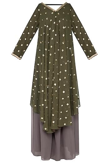 Olive green embroidered kurta set by Vvani by Vani Vats