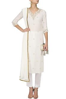 Off White Pearl Embroidered Kurta and Pants Set by Varsha Wadhwa