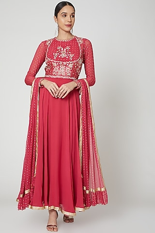 Red Embroidered Anarkali Set With Belt by Vyasa By Urvi