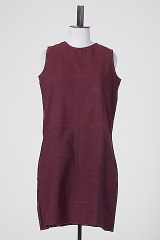 Maroon Linen Tunic by Wendell Rodricks