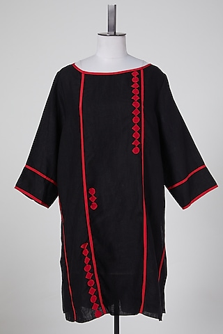 Black & Red Linen Tunic by Wendell Rodricks