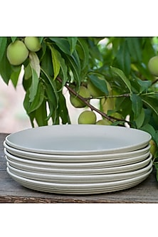 Ivory Large Staple Plates (Set of 6) by White Hill Studio