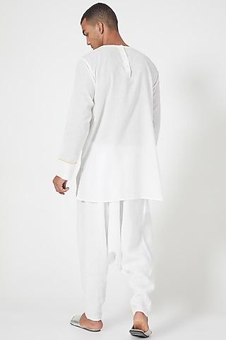 White Shirt With Patche Pocket by Wendell Rodricks Men