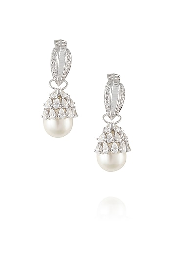 Silver plated swarovski stones with pearl hanging earrings by Born 2 Flaaunt