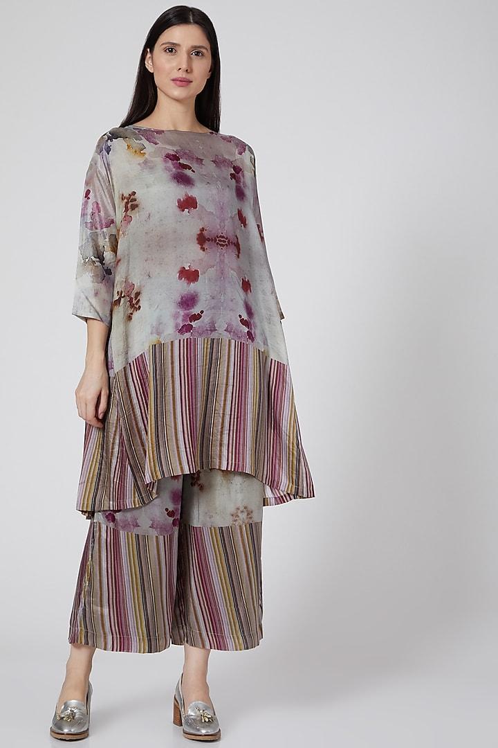 Fuchsia Ombre Digital Printed Pants by YAVI