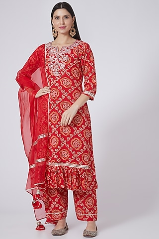 Red Embroidered Kurta Set by Yuvrani Jaipur
