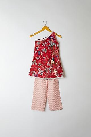 Red Printed One Shoulder Kurta by Yuvrani Jaipur Kidswear