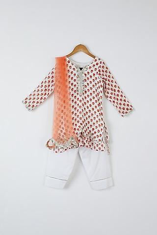 White Floral Printed Kurta Set by Yuvrani Jaipur Kidswear