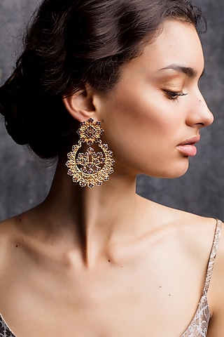 Gold Plated Earrings With Ring (Set of 2) In Gift Box by Zariin