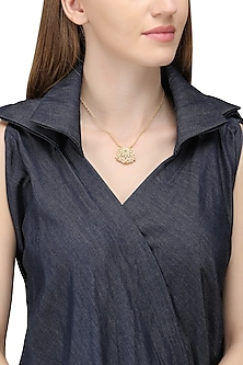 Gold Plated Pearl Beads Pendant Necklace by Zariin