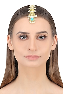 Gold Plated Pearls and Turquoise Stone Maang Tikka by Zariin