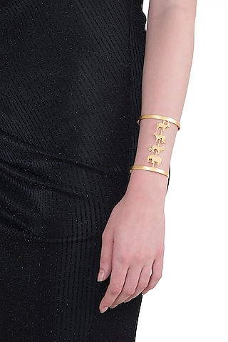 Gold plated animal silhouettes cuff by ZOHRA