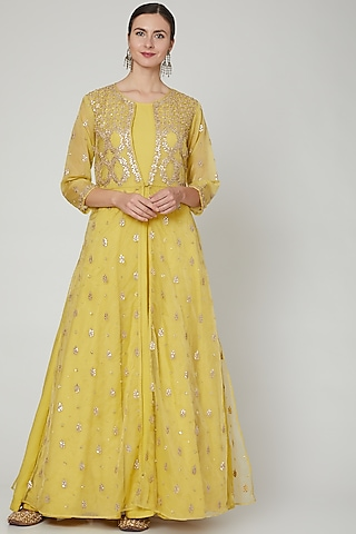 Yellow Embroidered Lehenga Set With Jacket by Zari Jaipur