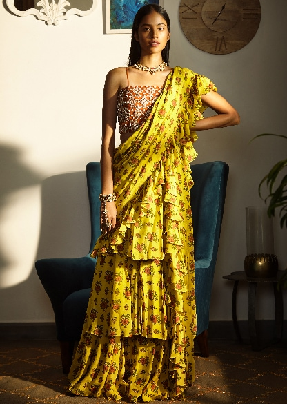 FUSION SAREES-TOPPING THE TRENDS CHART